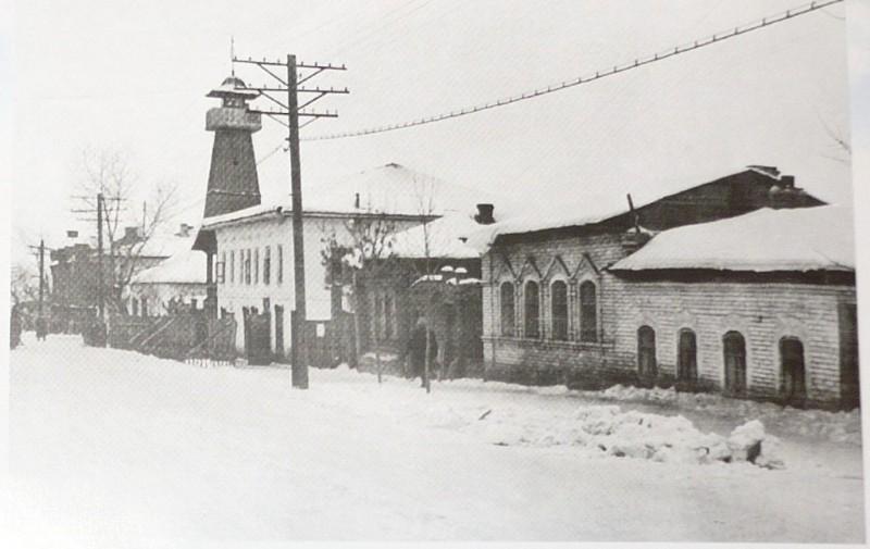 1956 год. Видна пожарная часть